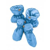 blue-shoes-and-gloves-everest