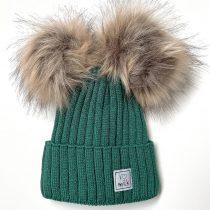 zimowa-czapka-dziecieca-z-pomponami-zielona